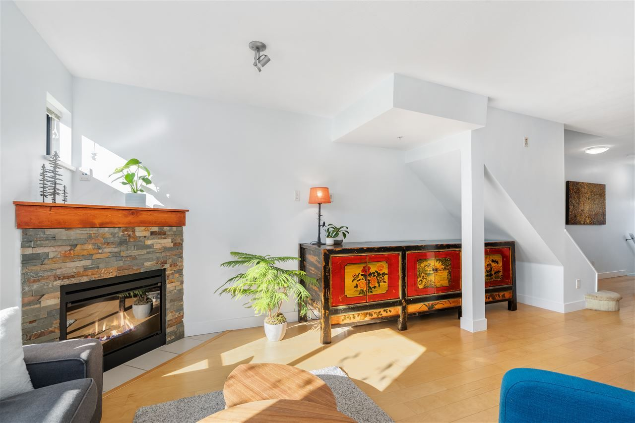 """Photo 8: Photos: 104 1855 STAINSBURY Avenue in Vancouver: Victoria VE Townhouse for sale in """"The Works"""" (Vancouver East)  : MLS®# R2494978"""