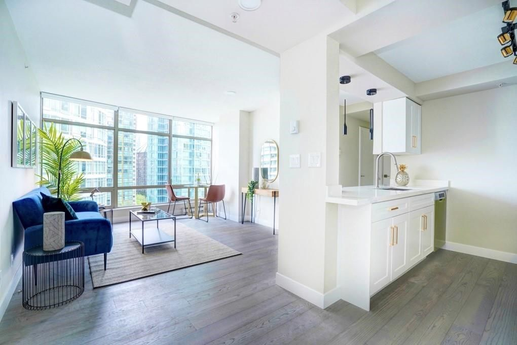Main Photo: 904 1200 ALBERNI STREET in Vancouver: West End VW Condo for sale (Vancouver West)  : MLS®# R2601585