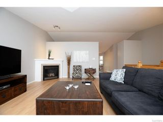 Photo 8: 27 CASTLE Place in Regina: Whitmore Park Residential for sale : MLS®# SK615002