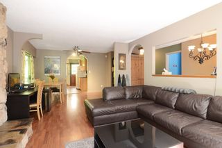 Photo 3: 1401 WINSLOW Avenue in Coquitlam: Central Coquitlam House for sale : MLS®# R2178308
