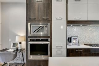 Photo 10: 525A 25 Avenue NE in Calgary: Winston Heights/Mountview Detached for sale : MLS®# A1091924