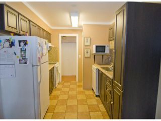 """Photo 2: 37 14111 104TH Avenue in Surrey: Whalley Townhouse for sale in """"HAWTHORNE PARK"""" (North Surrey)  : MLS®# F1302585"""