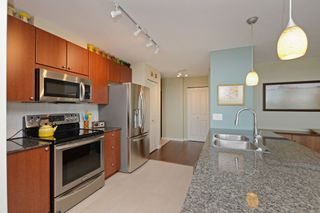 Photo 7: 705 610 VICTORIA STREET in New Westminster: Downtown NW Condo for sale : MLS®# R2356448