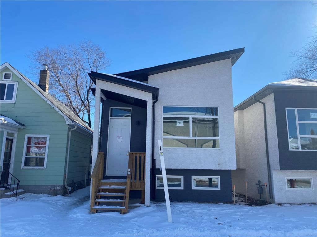 Main Photo: 718 Kylemore Avenue in Winnipeg: Lord Roberts Residential for sale (1Aw)  : MLS®# 202106421