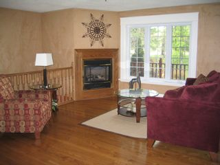 Photo 2: 4983 Dunrobin Road in Woodlawn: Residential Detached for sale (Crown Point)  : MLS®# 686108