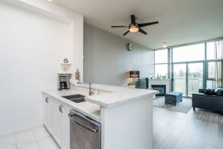 "Photo 10: PH7 2733 CHANDLERY Place in Vancouver: South Marine Condo for sale in ""RIVERDANCE"" (Vancouver East)  : MLS®# R2555993"