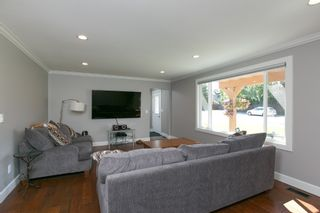 Photo 5: Kelowna- Home For Sale - Lake- Lower Mission, Renovated