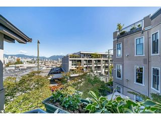 "Photo 22: 306 55 E 10TH Avenue in Vancouver: Mount Pleasant VE Condo for sale in ""Abbey Lane"" (Vancouver East)  : MLS®# R2491184"