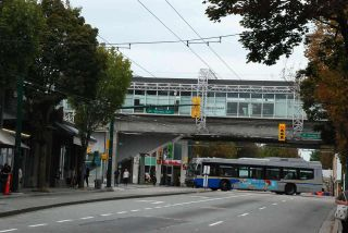 Photo 3: 5260 ABERDEEN Street in Vancouver: Collingwood VE House for sale (Vancouver East)  : MLS®# R2591520