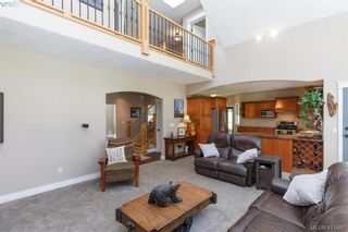 Photo 8: 672 Stewart Mountain Rd in VICTORIA: Hi Eastern Highlands House for sale (Highlands)  : MLS®# 816219