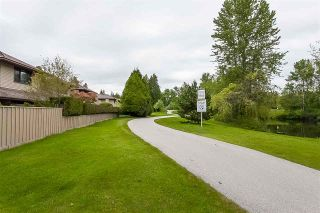 """Photo 18: 3 1620 148 Street in Surrey: Sunnyside Park Surrey Townhouse for sale in """"ENGLESEA COURT"""" (South Surrey White Rock)  : MLS®# R2429994"""