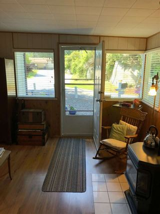 """Photo 9: 45 4116 BROWNING Road in Sechelt: Sechelt District Manufactured Home for sale in """"ROCKLAND WYND"""" (Sunshine Coast)  : MLS®# R2472545"""