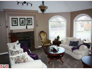 """Photo 6: 2108 ESSEX Drive in Abbotsford: Abbotsford East House for sale in """"Everett Estates"""" : MLS®# F1127461"""