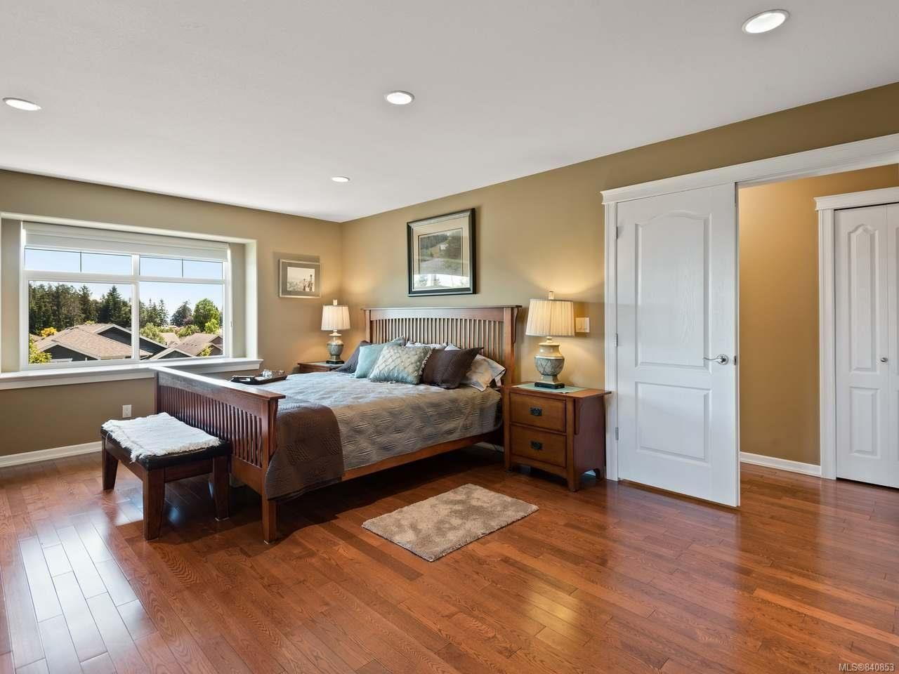 Photo 11: Photos: 206 Marie Pl in CAMPBELL RIVER: CR Willow Point House for sale (Campbell River)  : MLS®# 840853