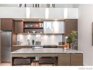 Photo 5: 402 601 Herald St in VICTORIA: Vi Downtown Condo for sale (Victoria)  : MLS®# 746011