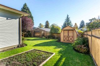 """Photo 19: 15304 85A Avenue in Surrey: Fleetwood Tynehead House for sale in """"Fleetwood"""" : MLS®# R2217891"""