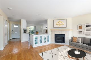 """Photo 1: 5 114 PARK Row in New Westminster: Queens Park Townhouse for sale in """"Clinton Place"""" : MLS®# R2537168"""