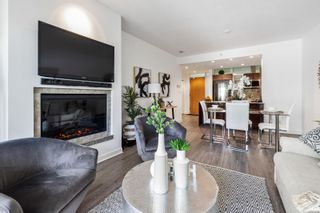 Photo 7: T107 66 Songhees Rd in Victoria: VW Songhees Condo for sale (Victoria West)  : MLS®# 883450