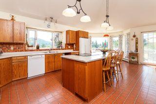Photo 16: 304 Walton Pl in : SW Elk Lake House for sale (Saanich West)  : MLS®# 879637