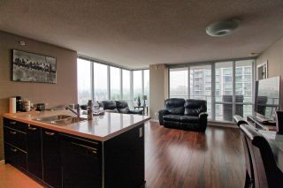 """Photo 4: 1407 13688 100 Avenue in Surrey: Whalley Condo for sale in """"Park Place One"""" (North Surrey)  : MLS®# R2499938"""