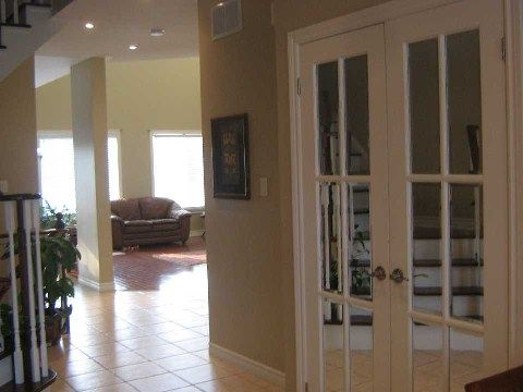 Photo 9: Photos: 14 Don Morris Court in Clarington: Bowmanville House (2-Storey) for lease : MLS®# E2794787