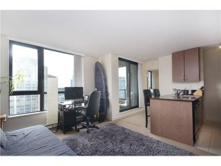 """Photo 5: # 1907 977 MAINLAND ST in Vancouver: Yaletown Condo for sale in """"YALETOWN PARK III"""" (Vancouver West)  : MLS®# V1015117"""