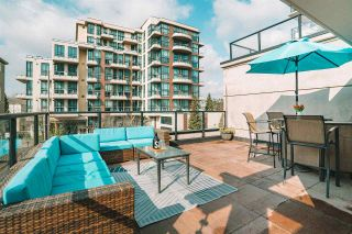 """Photo 1: 101 1 RENAISSANCE Square in New Westminster: Quay Townhouse for sale in """"THE """"Q"""""""" : MLS®# R2550911"""