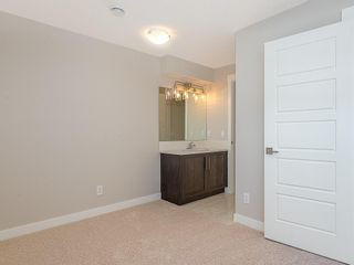 Photo 16: 33 SKYVIEW Parade NE in Calgary: Skyview Ranch Row/Townhouse for sale : MLS®# C4296504