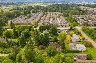 """Photo 17: 7245 210 Street in Langley: Willoughby Heights House for sale in """"SMITH PLAN"""" : MLS®# R2611042"""