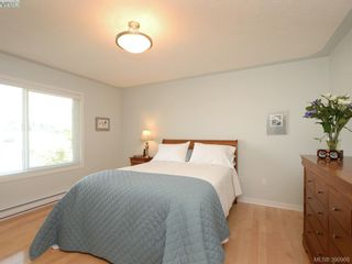 Photo 8: 4963 ARSENAULT Pl in VICTORIA: SE Cordova Bay House for sale (Saanich East)  : MLS®# 785855