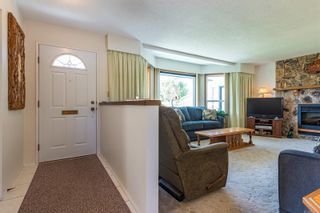 Photo 14: 2026 Hummingbird Pl in : CV Comox (Town of) House for sale (Comox Valley)  : MLS®# 858108