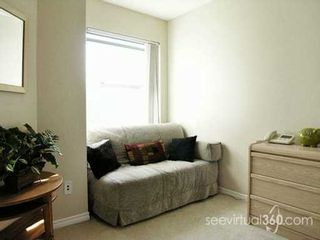"""Photo 5: 1032 QUEENS Ave in New Westminster: Uptown NW Condo for sale in """"QUEENS TERRACE"""" : MLS®# V615158"""