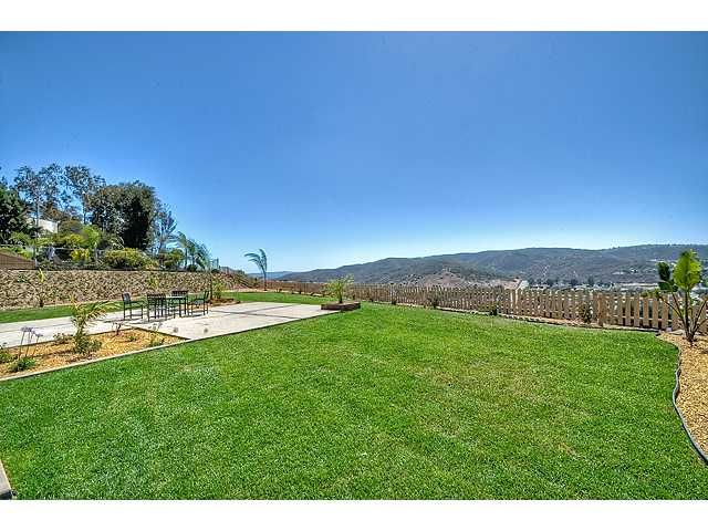 Photo 15: Photos: POWAY House for sale : 4 bedrooms : 13770 Celestial Road