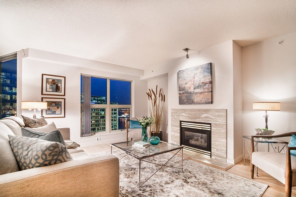 """Photo 7: Photos: 1901 837 W HASTINGS Street in Vancouver: Downtown VW Condo for sale in """"TERMINAL CITY CLUB"""" (Vancouver West)  : MLS®# R2134243"""