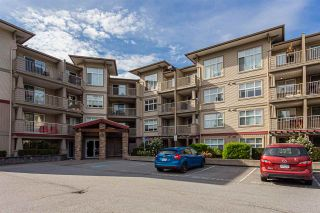 Photo 2: 309 2515 PARK Drive in Abbotsford: Abbotsford East Condo for sale : MLS®# R2488999