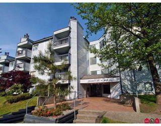 Photo 1: 206 10560 154TH Street in Surrey: Guildford Condo  (North Surrey)  : MLS®# F2709193
