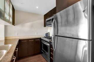 """Photo 15: 1504 3333 CORVETTE Way in Richmond: West Cambie Condo for sale in """"Wall Centre at the Marina"""" : MLS®# R2535983"""