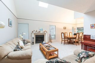 Photo 5: 3677 BORHAM CRESCENT in Vancouver East: Champlain Heights Condo for sale ()  : MLS®# R2034977