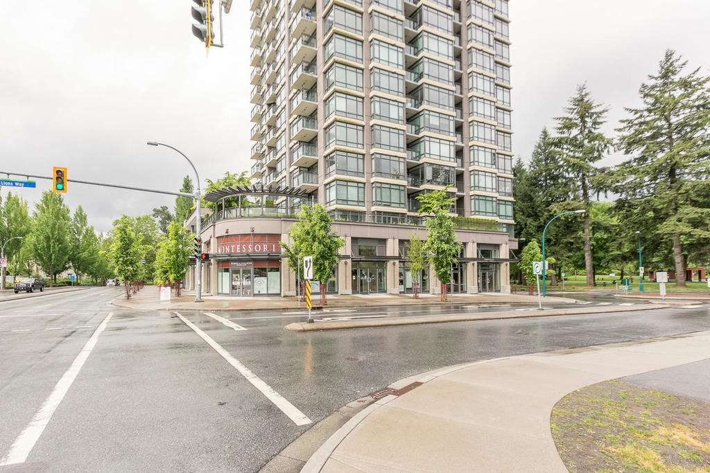"""Main Photo: 1806 2789 SHAUGHNESSY Street in Port Coquitlam: Central Pt Coquitlam Condo for sale in """"THE SHAUGHNESSY"""" : MLS®# R2239415"""