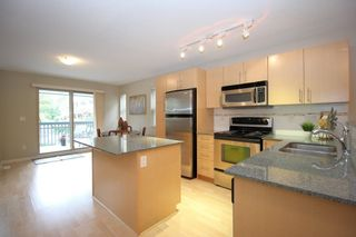 """Photo 6: 4 19250 65 Avenue in Surrey: Clayton Townhouse for sale in """"Sunberry Court"""" (Cloverdale)  : MLS®# R2408587"""