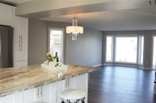 Photo 4: 6116 152C Avenue in Edmonton: Zone 02 House for sale : MLS®# E4237309