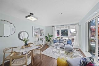 """Photo 1: 309 2008 BAYSWATER Street in Vancouver: Kitsilano Condo for sale in """"Black Swan"""" (Vancouver West)  : MLS®# R2492765"""