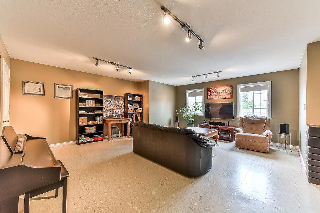 """Photo 19: Photos: 20952 50B Avenue in Langley: Langley City House for sale in """"Newlands"""" : MLS®# R2239535"""