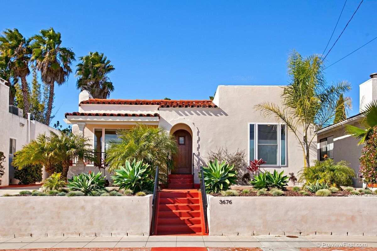 Main Photo: MISSION HILLS House for rent : 3 bedrooms : 3676 Kite St. in San Diego