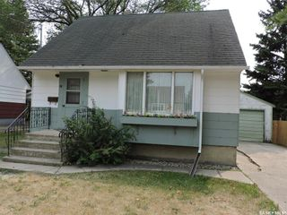 Photo 2: 68 King Street West in Yorkton: South YO Residential for sale : MLS®# SK867168