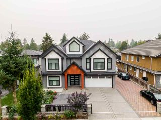 Photo 1: 8879 148 Street in Surrey: Bear Creek Green Timbers House for sale : MLS®# R2499971