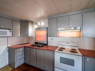 Photo 6: 140 2400 OAKDALE Way in Kamloops: Westsyde Manufactured Home/Prefab for sale : MLS®# 162619