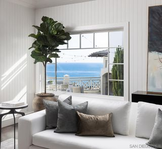Photo 17: LA JOLLA House for sale : 6 bedrooms : 935 Havenhurst Drive