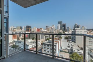 Photo 6: DOWNTOWN Condo for rent : 1 bedrooms : 800 The Mark Ln #1002 in San Diego