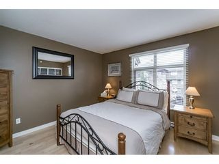 """Photo 10: 242 600 PARK Crescent in New Westminster: GlenBrooke North Townhouse for sale in """"THE ROYCROFT"""" : MLS®# R2158837"""